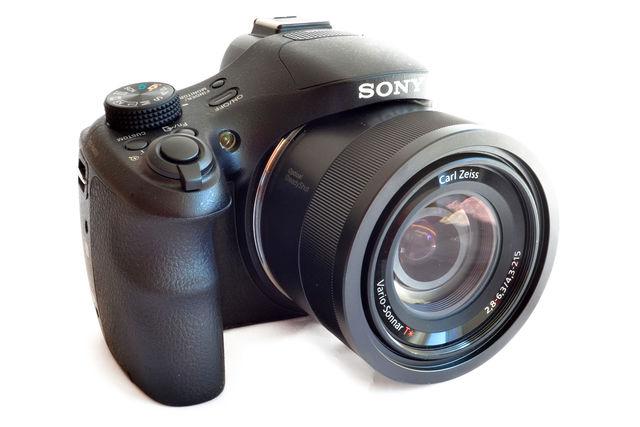 50x-Superzoom-Bridge im Test: Sony DSC-HX400V